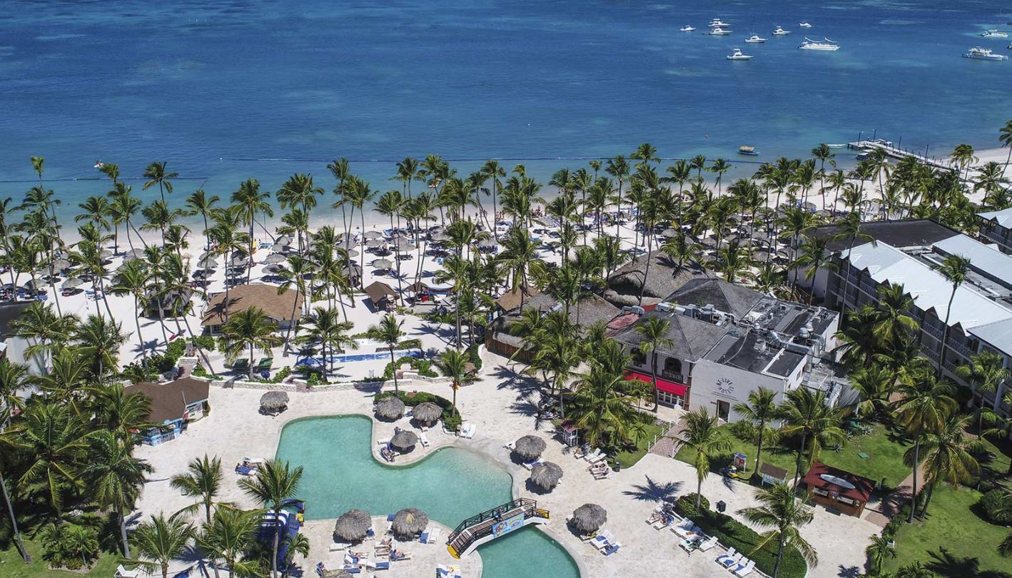 Hotel Be Live Punta Cana Colletion piscinas y playa