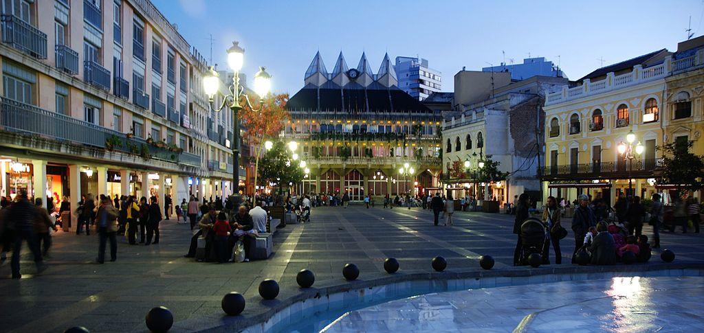 Plaza mayor de Ciudad Real - photo by Asqueladd - licencia  Creative Commons Attribution 2.0 Generic